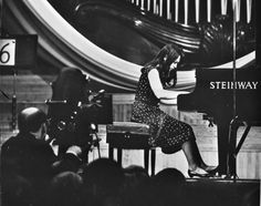 martha argerich playing the piano in the chopin competition 1965