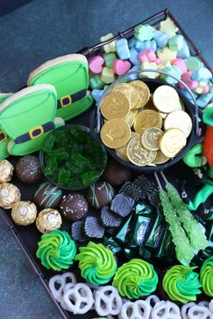 "Treat your Leprechauns to a festive and fun St. Patrick's Sweets Charcuterie! Let's start with a ""pot of gold"" filled with chocolate coins, leprechaun humor, a hint of rainbow goodness and lots of green candy and homemade bakery treats! St Patrick Day Snacks, St Patricks Day Food, Charcuterie Recipes, Charcuterie And Cheese Board, Holiday Treats, Holiday Recipes, Holiday Fun, Holiday Baking, Party Food Platters"