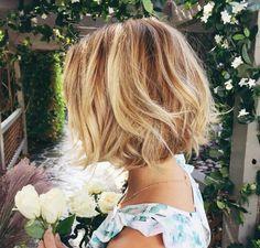 Side shot of Lauren Conrad's short hair