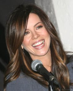Ok...this is how i want my hair to be...color and cut!!