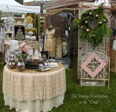 Love the bedspring and lace covered table. Pinks creams and browns look great together! Market Displays, Craft Show Displays, Store Displays, Booth Displays, Retail Displays, Display Ideas, Antique Mall Booth, Antique Shops, Flea Market Booth