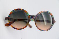LIKE als je deze zonnebril van Giuliani ook mooi vindt :-)