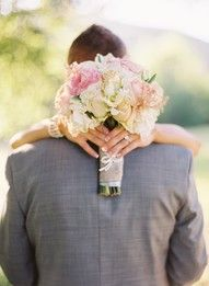 cute! to show off the flowers! ....def want a photo like this