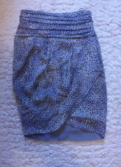Kup mój przedmiot na #vintedpl http://www.vinted.pl/damska-odziez/spodnice/11406113-spodniczka-mango-wysoki-stan-jedwab