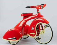 1935 Sky King Velocipede from the Hallmark Kiddie Car Classics Sidewalk Cruiser Collection. Great condition, will bring back good memories! Etsy Vintage, Vintage Toys, Antique Toys, Sky Bike, Art Nouveau, Rescue Vehicles, Thing 1, Kids Ride On, Pedal Cars