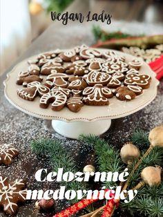 Vianočné medovníčky z celozrnnej múky a včelieho medu - Vegan Lady Vegan, Cookies, Baking, Lady, Desserts, Food, Crack Crackers, Tailgate Desserts, Deserts
