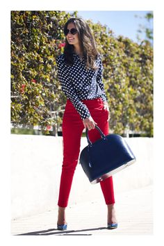 10 Best Hot Red Pants Outfits Ideas to copy Business Casual Outfits, Professional Outfits, Office Outfits, Mode Outfits, Classy Outfits, Chic Outfits, Spring Outfits, Fashion Outfits, Business Attire