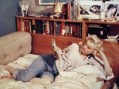 """""""Women who read are dangerous."""" – Stefan Bollman."""