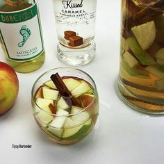 Apple pie sangaria Bottle of Moscato 3 1/2 Oz Carmel vodka 3 1/2 Oz apple cider 3 1/2 Oz soda water Apple slices 2 cinnamon sticks