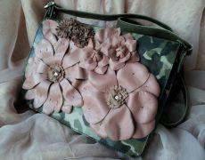 Gentuta Valentino style floral bag-camuflaj ( Vanduta) Valentino Bags, Floral Bags, Style, Swag, Outfits