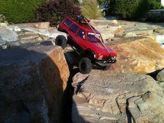 Jeepys: Jeep XJ rock crawling