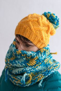 Turquoise blue yellow  knit tube scarf knitted cowl by bandabag