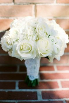 Oh So Pretty Houston Wedding from Nancy Aidee Photography. To see more: http://www.modwedding.com/2014/09/19/oh-pretty-houston-wedding-nancy-aidee-photography/ #wedding #weddings #bridal_bouquet