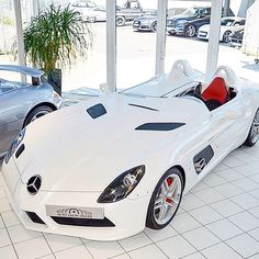 @mercedesbenz #SLR stirling moss  #tag a friend [ http://ift.tt/1f8LY65 ]