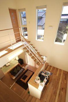 外観 シンプルでモダンな白い外壁です。 玄関~玄関ホール 玄関横には... 3d Home Design, Loft Design, Home Room Design, Small Studio Apartment Design, Minimal House Design, Japan Interior, Style Japonais, Facade House, Minimalist Home