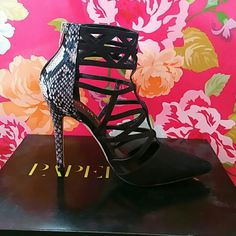 NEW Faux Snake Skin Sz 7 Pointy toed, strappy heel. Perfect for the workplace and Day to Night outfits. Paper Fox Shoes Heels