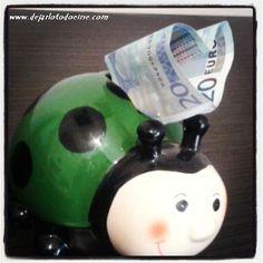 administrar el dinero en un viaje largo http://www.dejarlotodoeirse.com/dejarlotodoeirse/-como-administrar-el-dinero-en-un-viaje-largo/