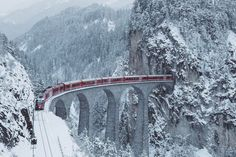 https://i.wpimg.pl/985x0/m.fotoblogia.pl/szwajcaria-cc161c3f16f1523e29227,0,0,0,0,0-426,1080-1146.jpg