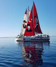 Böyle olur İzmir'in tekneleri Mein Land, Sailing Ships, Trekking, Istanbul, Photos, Hero, History, Country, Vehicles