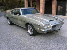 1972 PONTIAC GTO COUPE, 400 4Bbl V8/4speed/safe-T-track axle