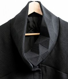 Industrial Design Trends and Inspiration - leManoosh Origami Fashion, Textile Fabrics, Lifestyle Clothing, Mens Fashion, Fashion Outfits, Material Design, Industrial Design, Cool Designs, Design Inspiration