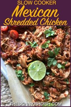 So flavorful and tender, this Slow Cooker Mexican Shredded Chicken is a simple m. Das Slow Cooker Mexican Shredded Chicken ist so schmackhaft und zart, dass es sich einfach in Ih Mexican Chicken Tacos, Mexican Shredded Chicken, Bbq Party, Slow Cooking, Cooking Lamb, Cooking Light, Vegetable Side Dishes, Vegetable Recipes, Nachos