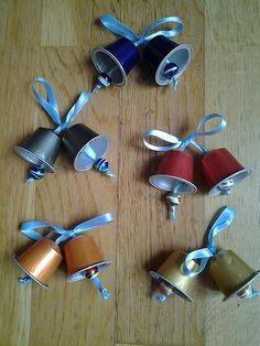 En mode recyclage, voici de jolies petites cloches de Pâques !