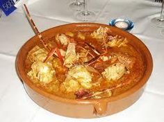 Caldereta de langosta a la mallorquina Seafood Dishes, Seafood Recipes, Spanish Cuisine, Kitchen Dishes, Savoury Dishes, Mediterranean Recipes, International Recipes, No Cook Meals, Soups And Stews
