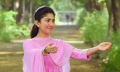 Sai Pallavi Hd Images, Hema Malini, Cute Images, Cartoon Wallpaper, Indian Actresses, Fashion Dresses, Sari, Natural Beauty, Celebrities