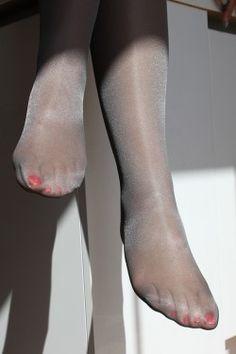 Fantasy Pantyhose Blog • Sheer Pantyhose