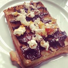 Gaufre au chocolat et pop corn - Waffle with chocolate and popcorn #gaufre #chocolat #cuisine #food #homemade #faitmaison #yummy #cooking #eating #french #foodpic #foodgasm #instafood #instagood #yum #amazing #photooftheday #sweet #dinner #fresh #tasty #foodie #delish #delicious #foodpics #eat #hungry #foods