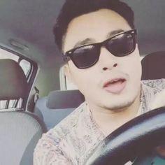 Terimalah nyanyian #menatapdalammimpi dari abg kacak ini. Lagu baru Dato' Siti lirik oleh kak @rozisangdewi #showlimabelassaat