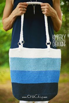 Ravelry: Pacific Beach Bag pattern by Harlee Wentworth