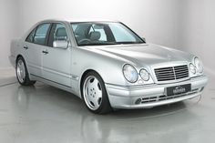 MERCEDES BENZ E55 AMG SALOON (1999)