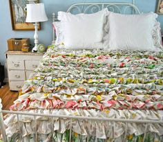 darling ruffle quilt with vintage sheets
