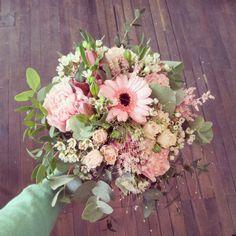 Le style de bouquets que l'on aura en tant que centre de table- by Fleurs de Mars