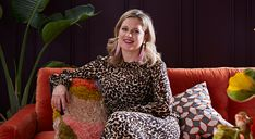 Based on the concept of colour psychology, Sophie Robinson explains the Autumn personality and their interiors taste and style. Sophie Robinson, Autumn Interior, Bathroom Kids, Bathrooms, Color Psychology, Fashion Room, House Colors, Habitats, Instagram Story