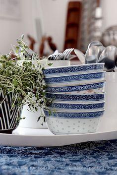 blue & white - yes.