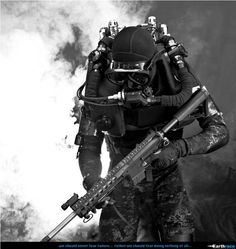 #GreenBeretFoundation ....... The Special Forces Combat Diver, when you absolutely, positively, must clear the entire objective...accept no substitute.