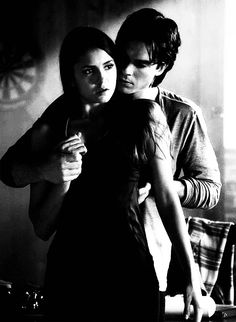 Cause I knew you were trouble when you walked in. the Damon and Elena edition / Nina Dobrev and Ian Somerhalder in The Vampire Diaries Vampire Diaries Damon, Ian Somerhalder Vampire Diaries, Vampire Daries, Vampire Diaries Wallpaper, Vampire Diaries Quotes, Vampire Diaries The Originals, Delena, Damon Salvatore, The Cw