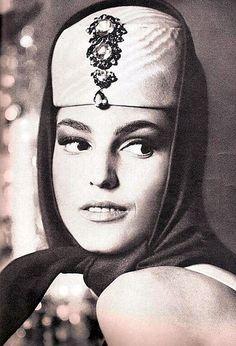 Benedetta Barzini in Vogue USA April 1964