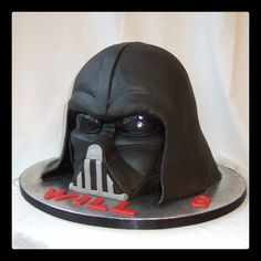 Another popular Star Wars theme cake to have, especially for children as well as die hard fans of the franchise Star Wars Cake Toppers, Star Wars Cookies, Star Wars Birthday Cake, Star Wars Party, 5th Birthday, Birthday Ideas, Bolo Star Wars, Starwars, Darth Vader