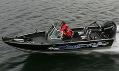 Barefoot International booms are now being used to teach children and adults alike to kneeboard, combo ski, wakeboard, slalom, and barefoot. Learn barefoot skiing in the best possible way without falling on your 2011 Lund 2010 Explorer Sport.