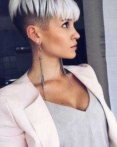 "1,409 Likes, 30 Comments - Madeleine Schön (@madeleineschoen) on Instagram: ""You make me smile ☺️ credit to: @rgfotografie #me #selfie #undercut #sidecut #stuttgart #model…"""
