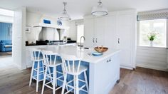 White with Light Blue Accents Design Ideas | A Divine and Ethereal Combo