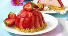 Aprenda a fazer uma deliciosa receita de mini-charlotte de morango, uma deliciosa sobremesa gourmet que irá fazer as delícias de toda a gente.