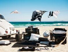 picnic in style #interiordesign #decor #black #white #sea #beach