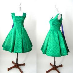 Hey, I found this really awesome Etsy listing at https://www.etsy.com/listing/223153101/vintage-1950s-satin-green-purple-floral