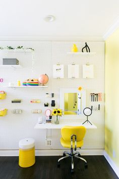 Organization … we all crave it, we are so often eluded by it. Getting truly organized is an investment of a project! You can't do it half way. When we decorated Adelaine Morin's bedroom, she leaned fully into the prospect of organization, asking for a pegboard wall to cover a portion of her room. This [...]