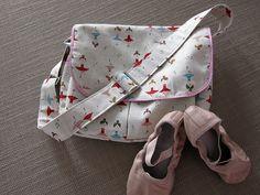 little things to sew messenger ballerina bag